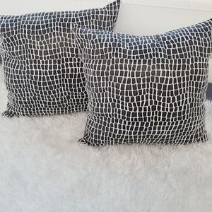 Other - Pillows Set of 2